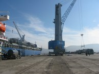 Port handling operations of windmill equipment with supplier Gamesa